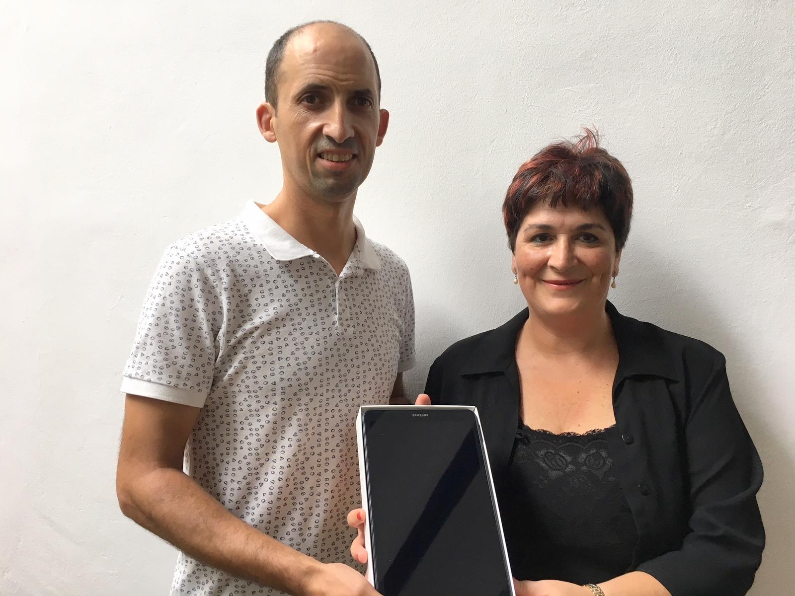 Nekane Mendizabal andramaixetako tabletaren irabazlea   Azkoitia 1600x1200