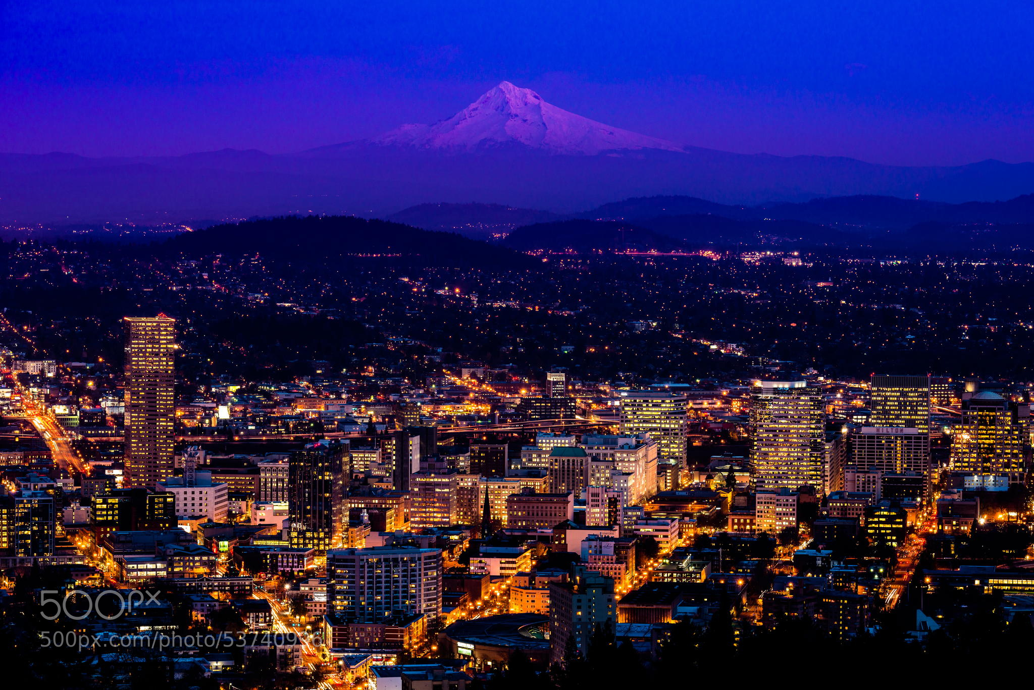Portland Oregon Skyline Beautiful Scenery Photography 2048x1367