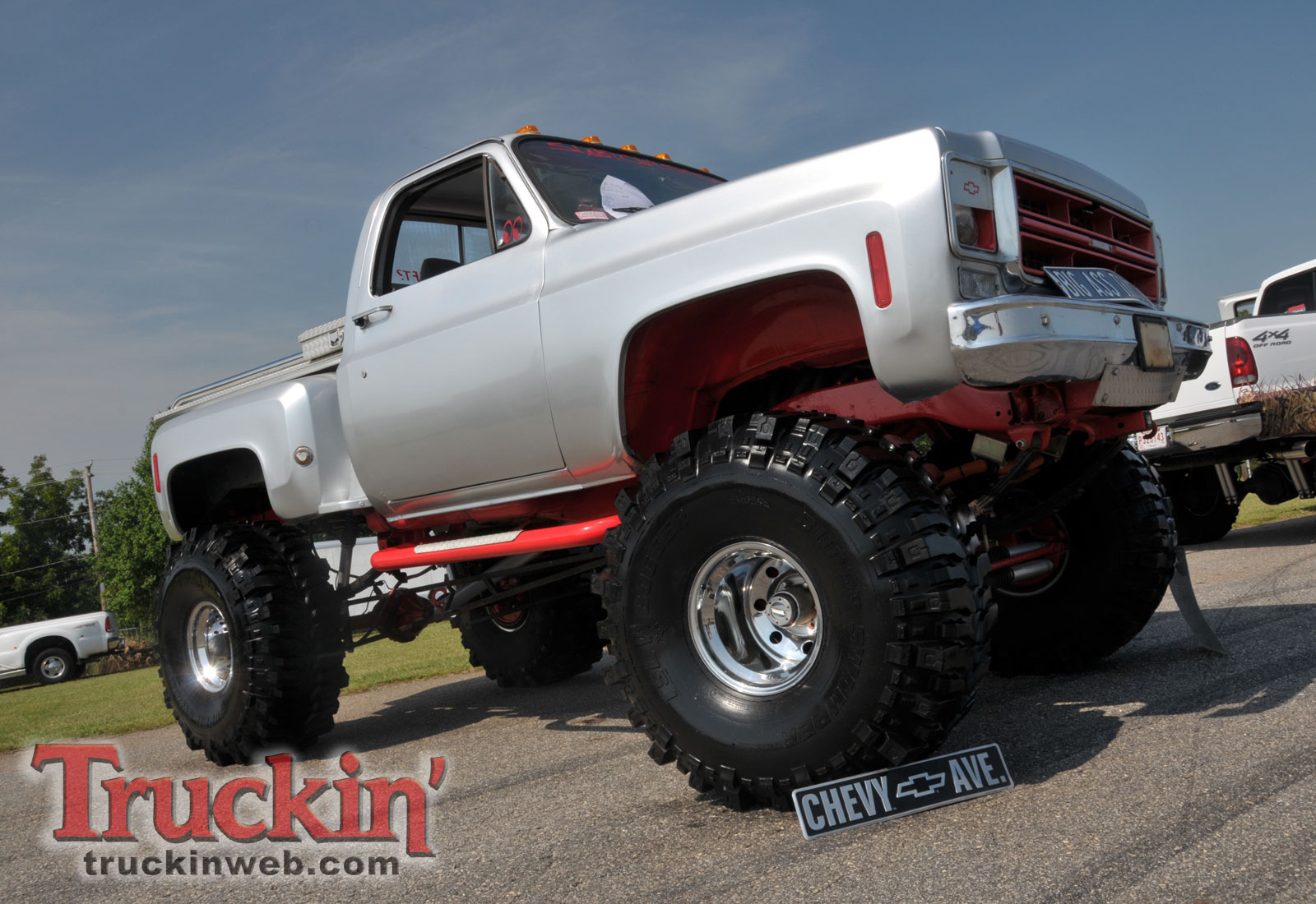 Lifted Chevy Truck Wallpaper Trucks web background cake 1600x1100