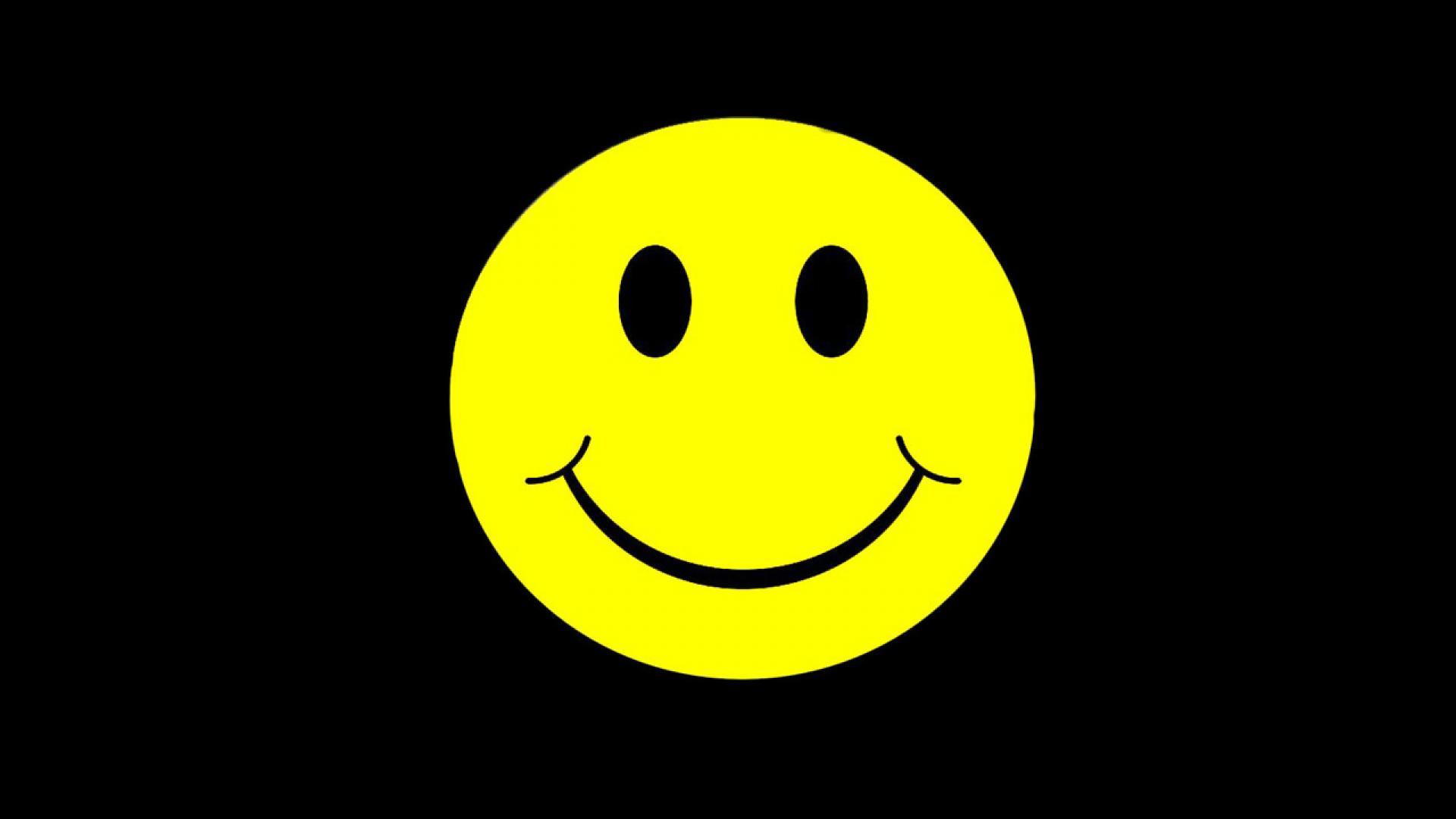 [75+] Smiley Face Black Background on WallpaperSafari