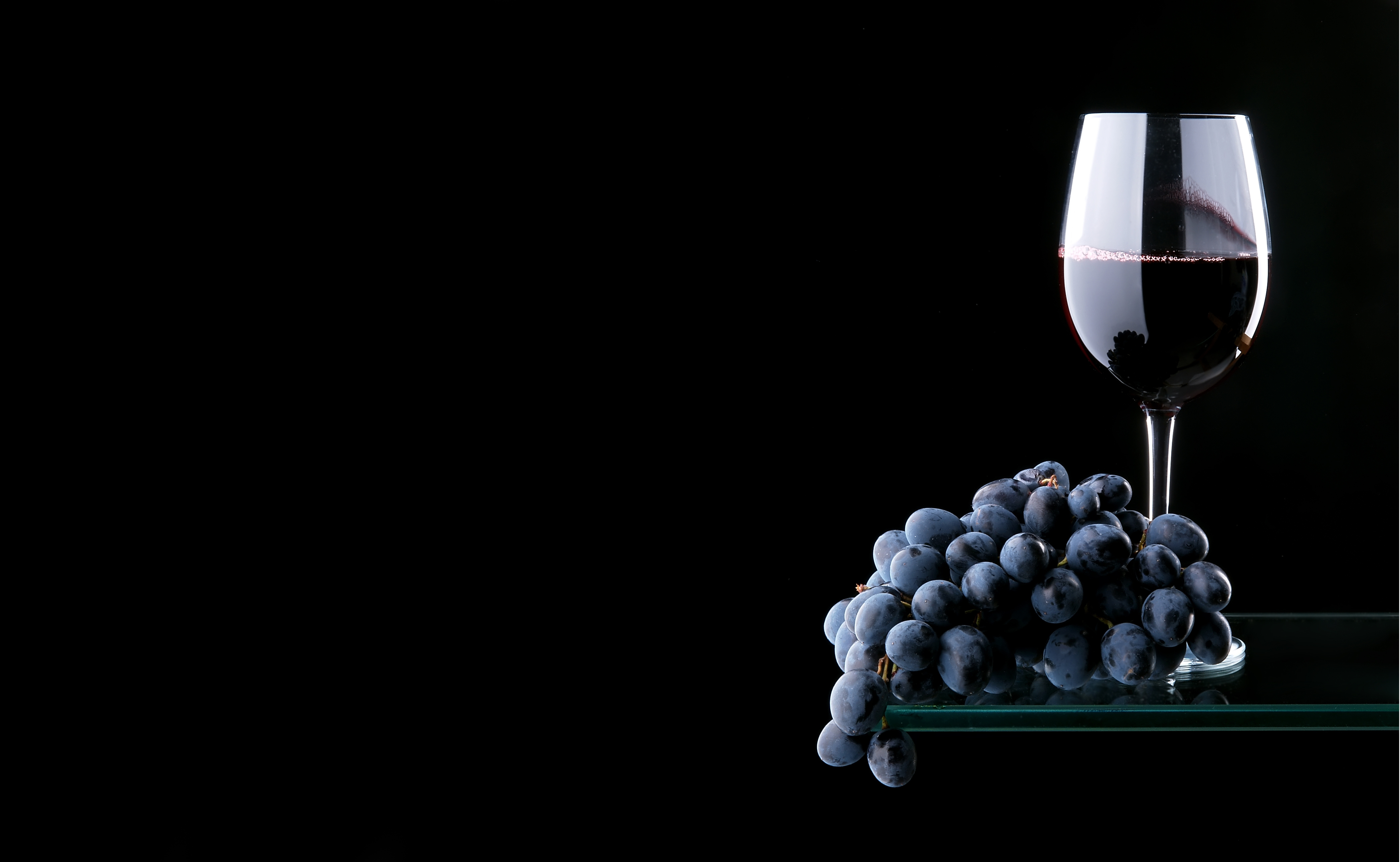 Black background grapes wine wallpapers and images   wallpapers 8319x5120