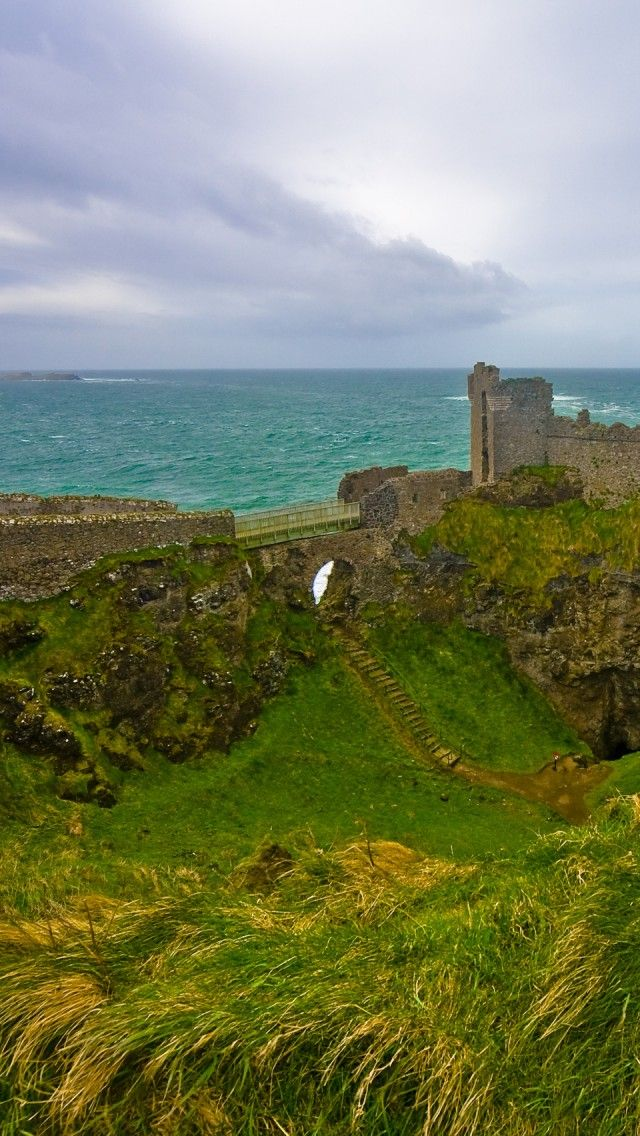 Dunluce Castle Northern Ireland iPhone 5 wallpapers backgrounds 640x1136