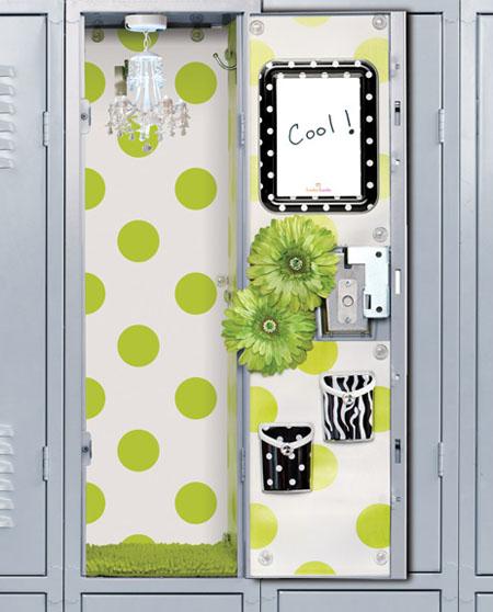 48 School Locker Wallpaper For Girls On Wallpapersafari