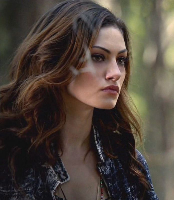 Free Download Phoebe Tonkin As Haley The Originals Phoebe