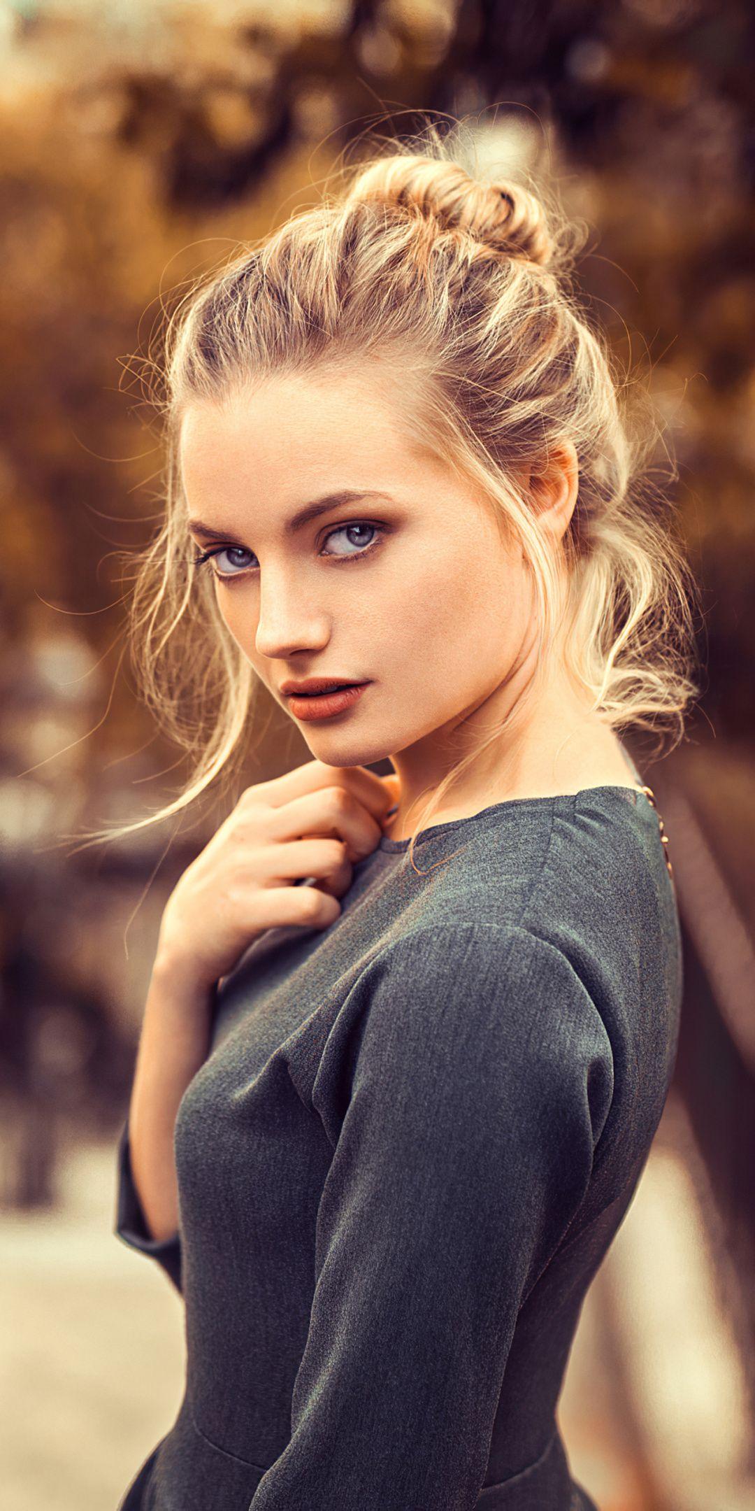 1080x2160 Blonde and beautiful woman portrait wallpaper 1080x2160