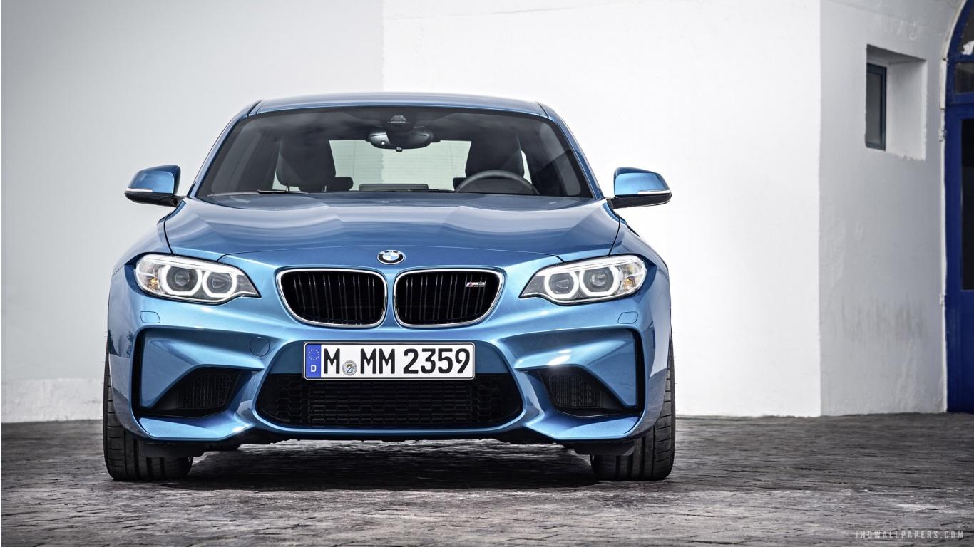 BMW M2 Wallpaper 1366x768
