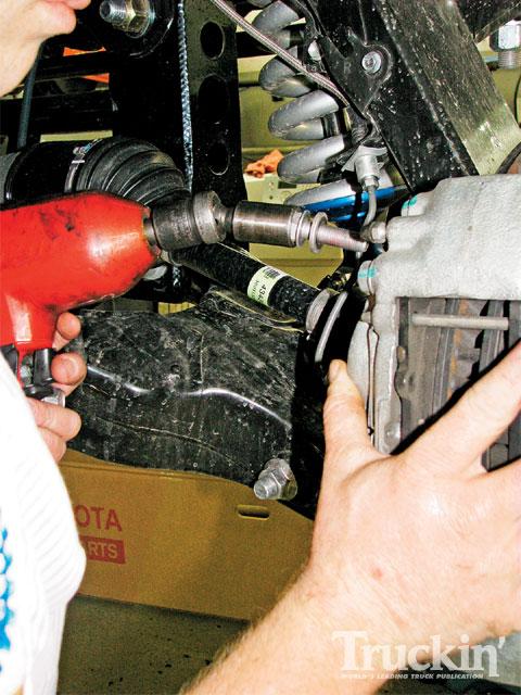 2008 Toyota Tundra Trd Brake Installation Factory Caliper Bolts 480x640