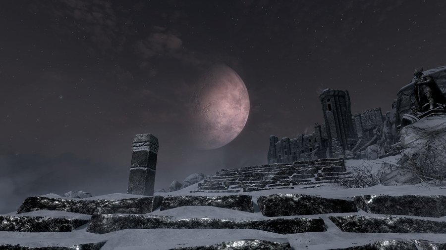 Beautiful Skyrim sky and moon by MisteriosM on deviantART 900x506
