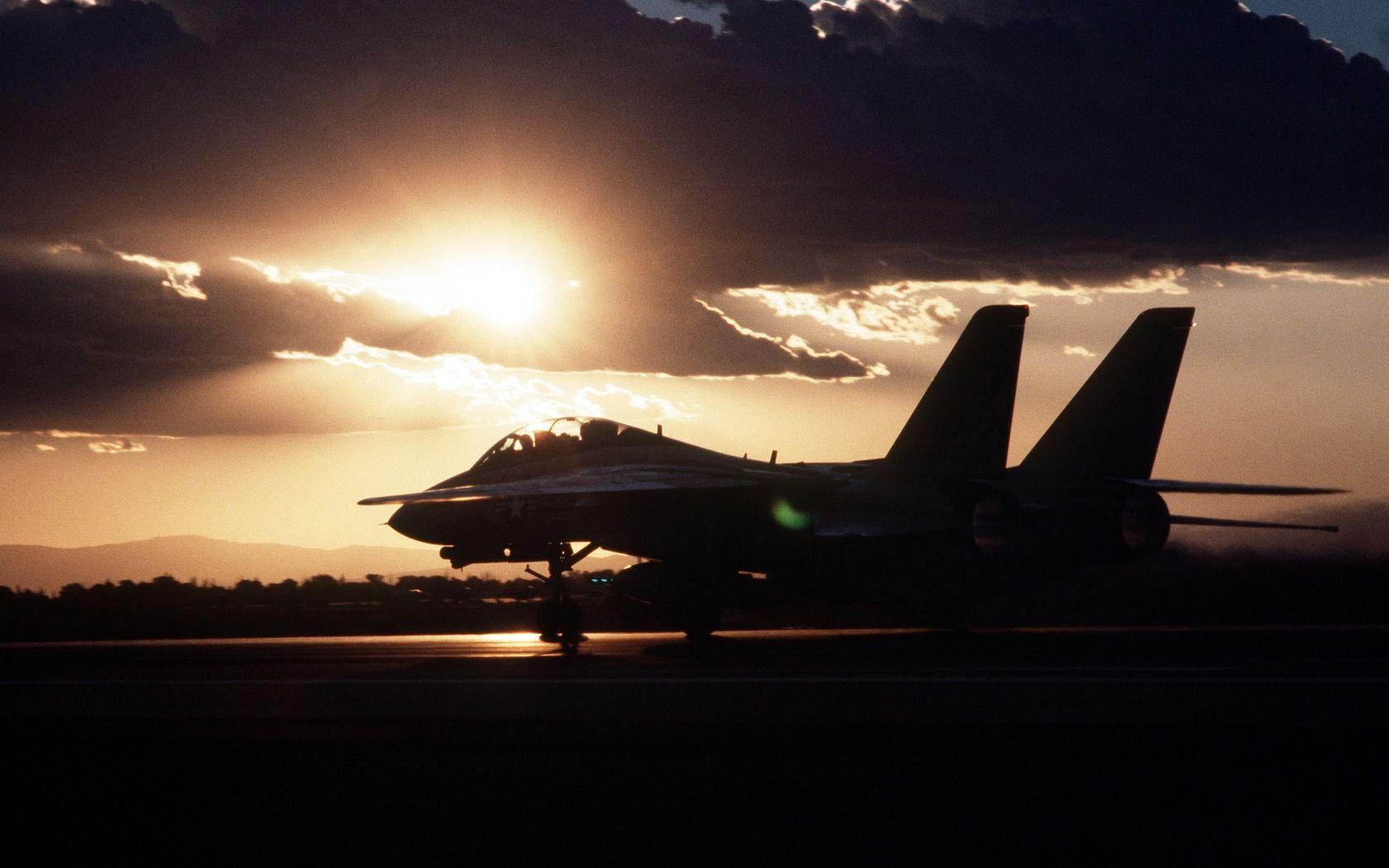 sunset aircraft tomcat landing F 14 Tomcat   Wallpaper 959436 1680x1050