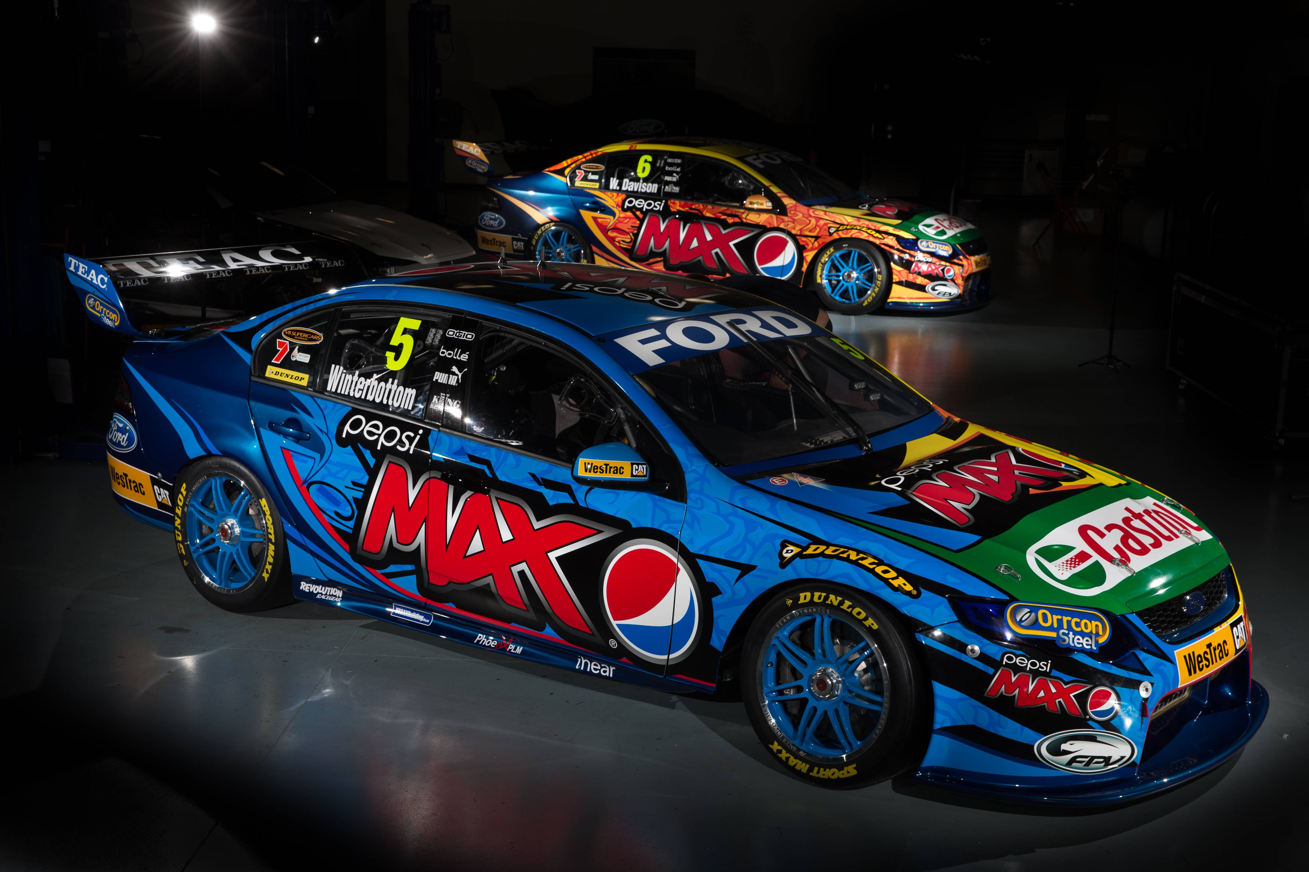 V8 Supercars Wallpapers 4400x2933