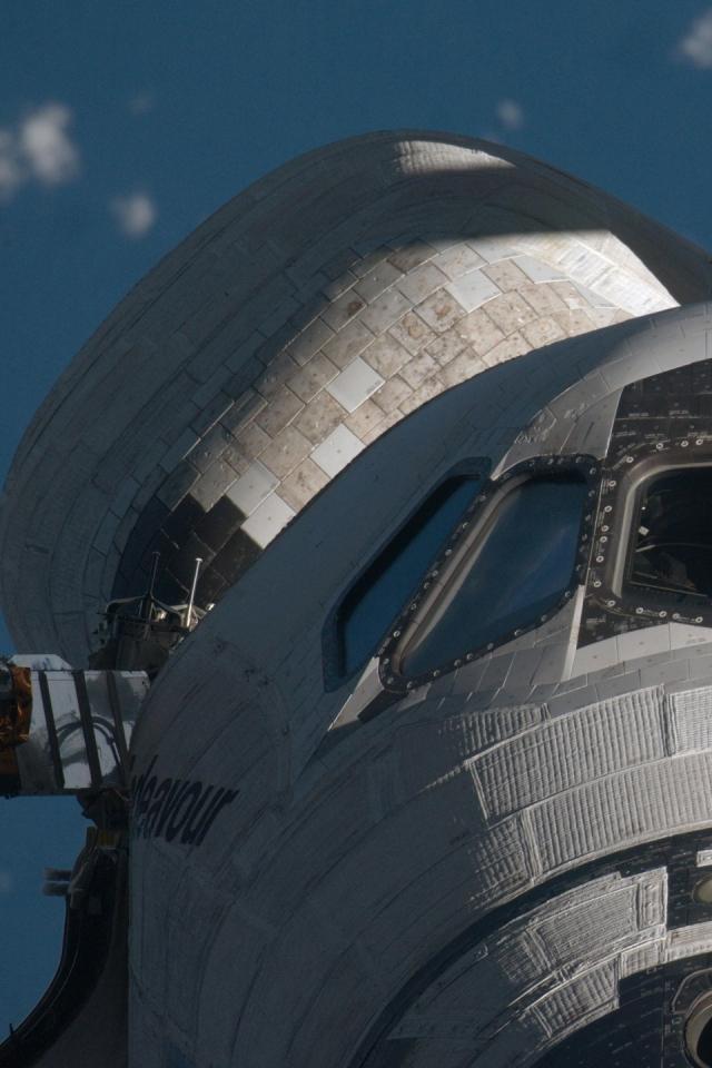 640x960 space shuttle nasa space shuttle endeavour 2560x1440 wallpaper 640x960