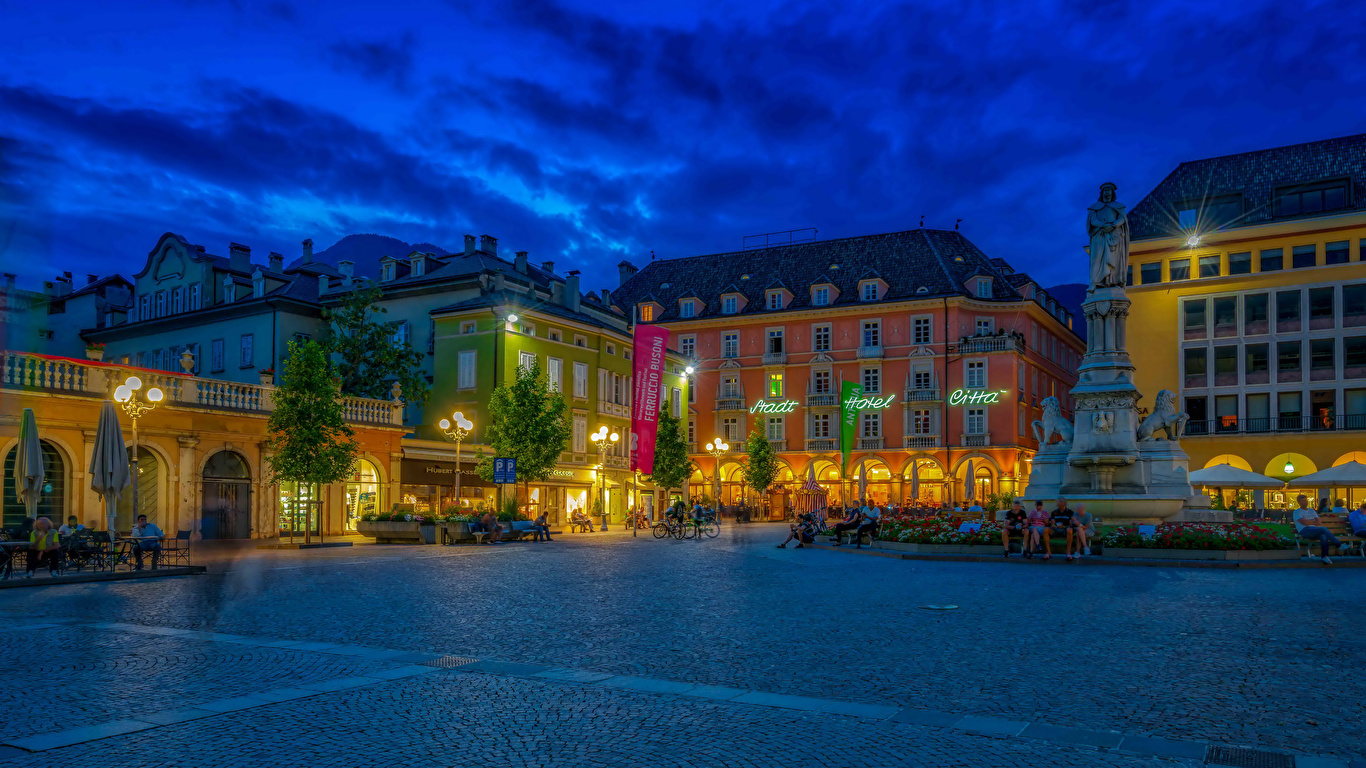 Desktop Wallpapers Italy Monuments Town square Bolzano 1366x768 1366x768