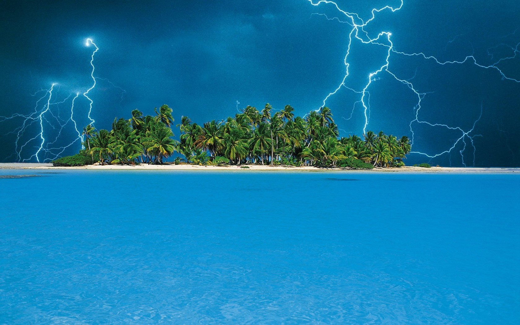 wallpapers wallpaper 17755 nature lightning storm over tropical island 1680x1050