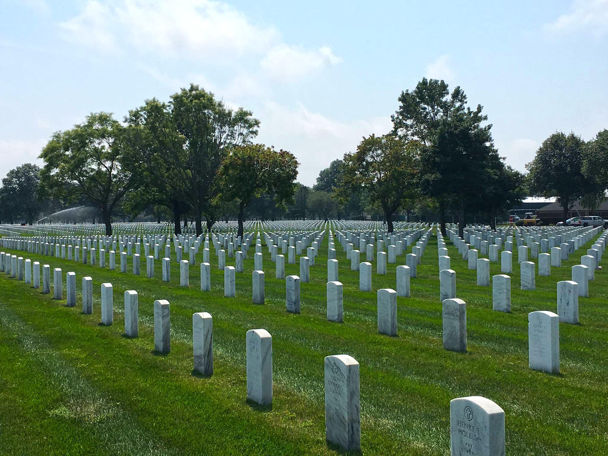 Long Island National Cemetery Farmingdale NY   Surnames McN Med 2048x1536