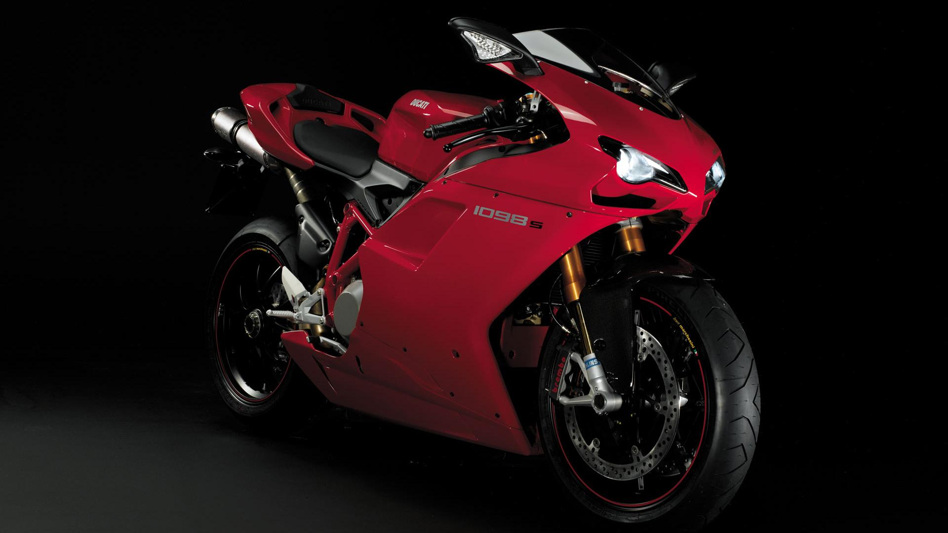 ducati honda action fight wallpaper wallpapers 1920x1080 1920x1080