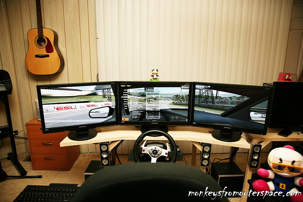 triple monitor wallpaper setup
