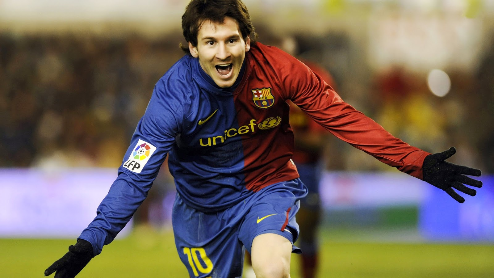 lionel messi barca wallpapers download lionel messi hd wallpapers 1600x900