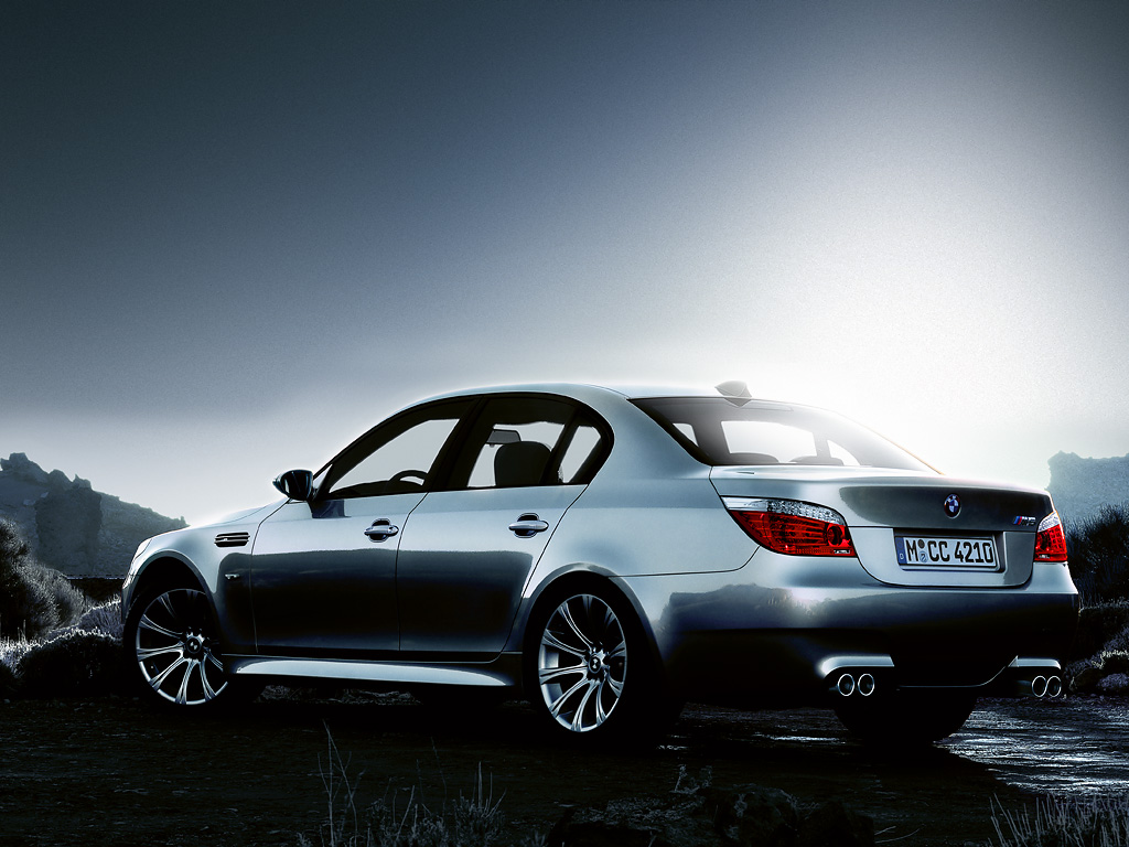 The BMW M5 Sedan Wallpapers for PC BMW Automobiles 1024x768