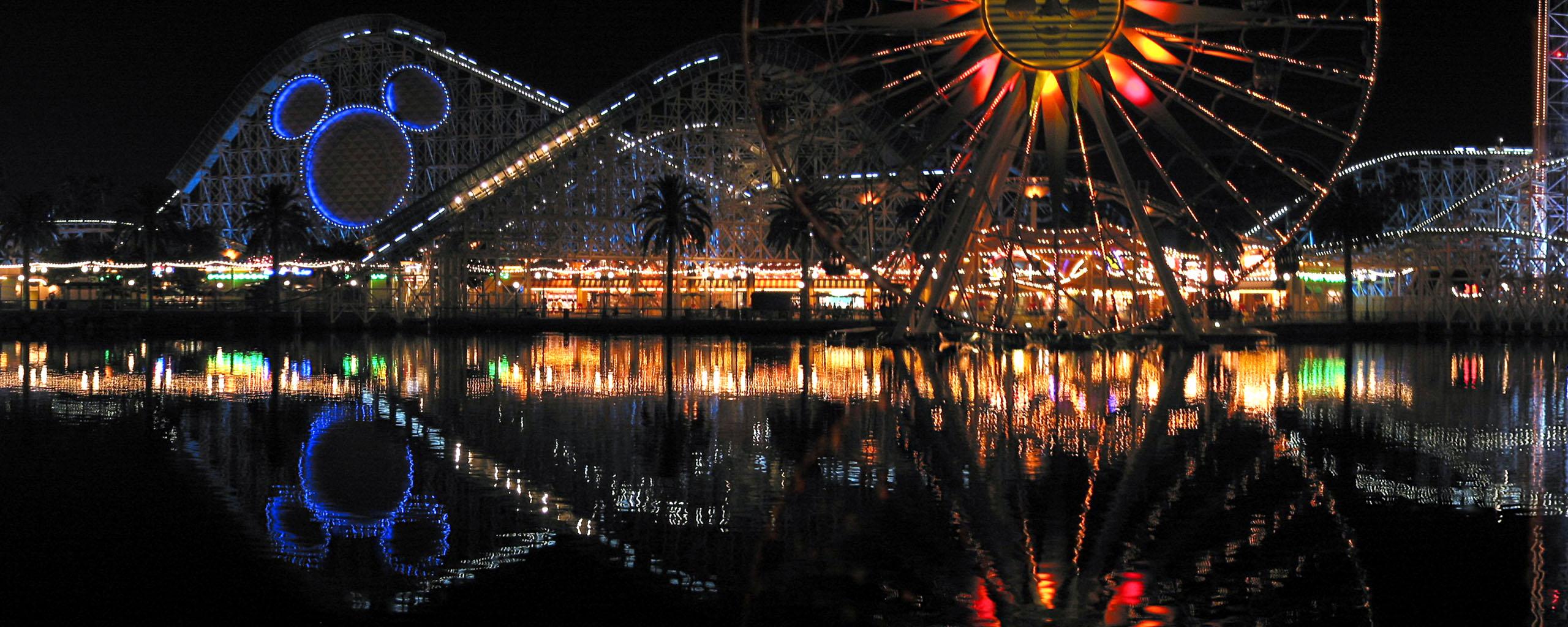 Disneyland Panoramic Pictures DisneyRocket9net 2560x1024