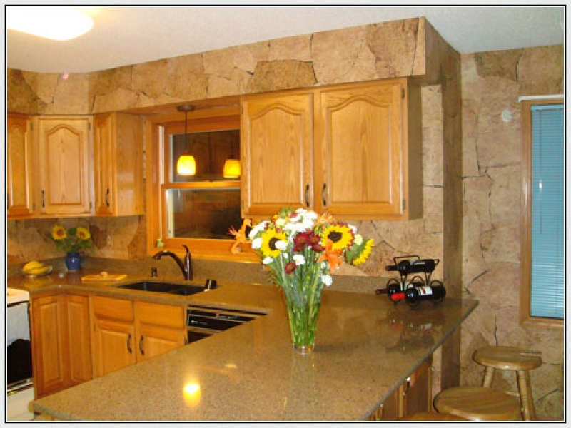 Traditional contemporary and country designer kitchen wallpaper 800x600