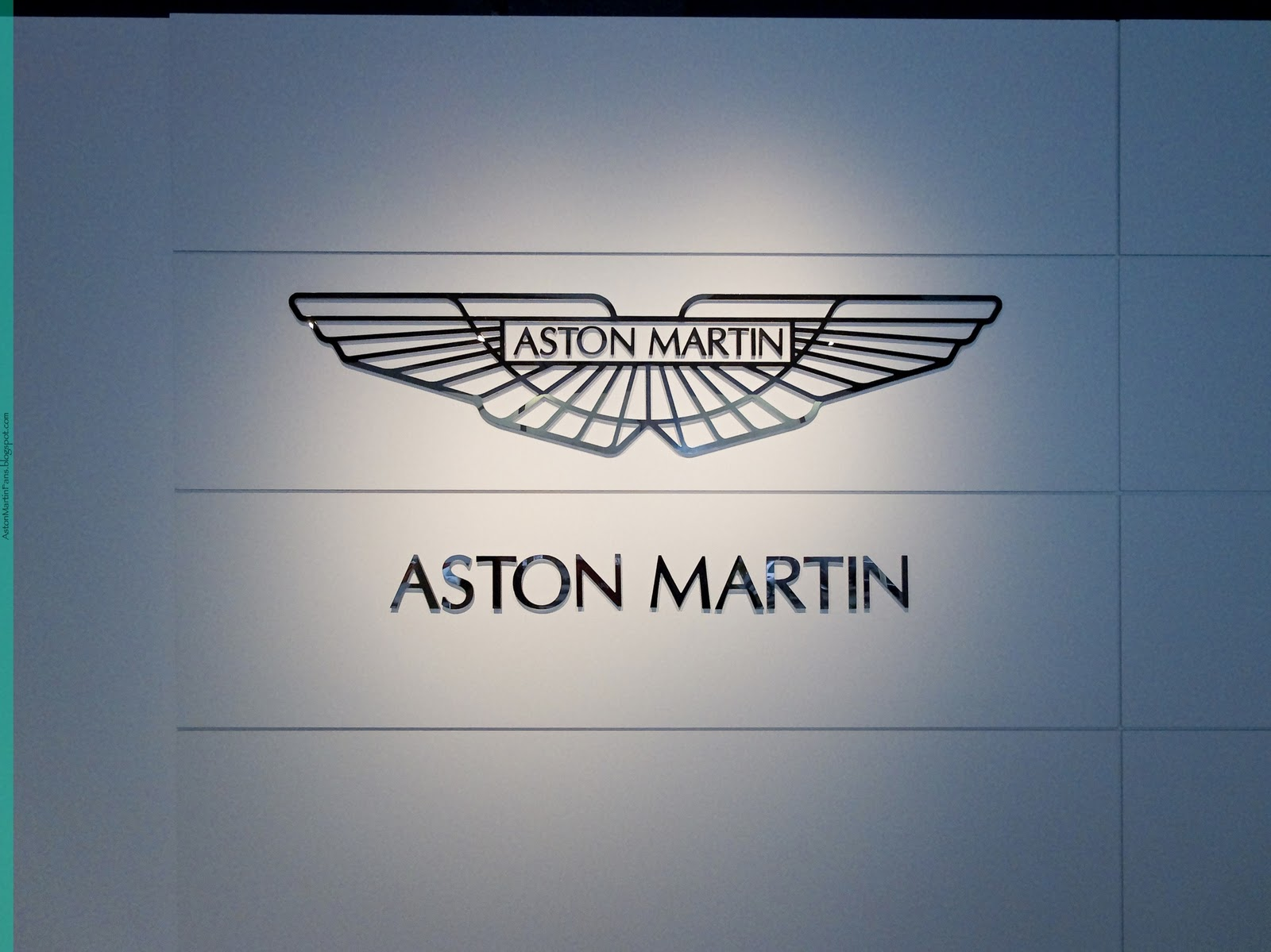aston martin logo wallpapers 2014 Desktop Backgrounds for 1600x1199