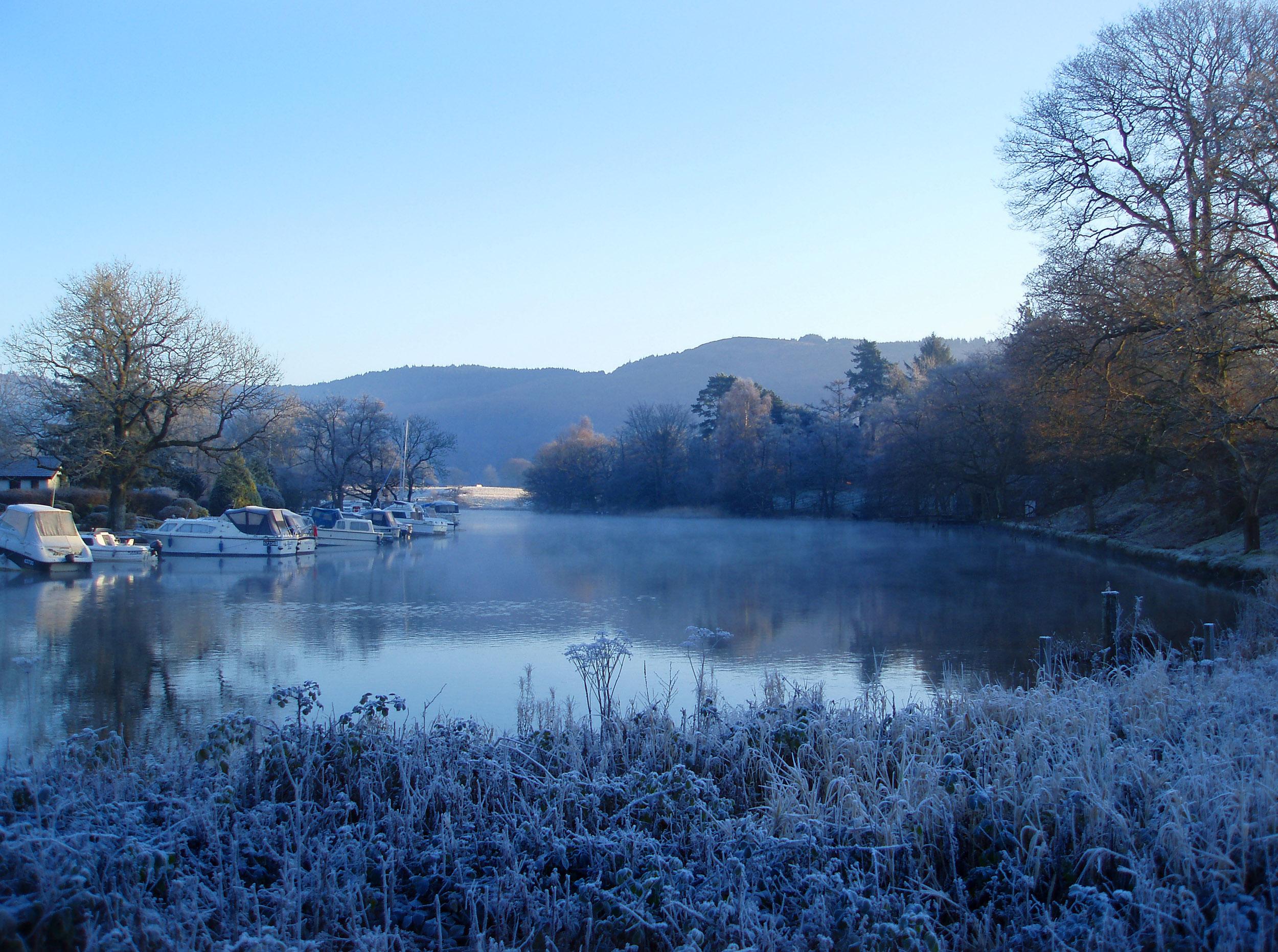 frosty winter morning Desktop Wallpaper iskincouk 2500x1862