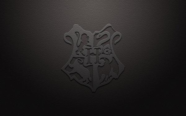 Hogwarts Crest Wallpaper - WallpaperSafari