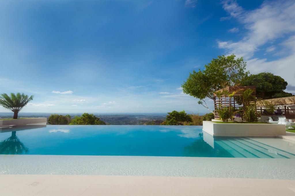 Ultra Winds Mountain Resort Hotel Cagayan De Oro   Deals Photos 1024x683