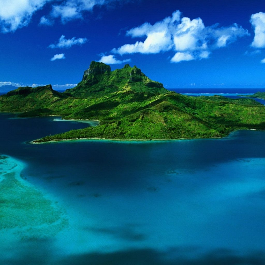 beautiful lush island iPad wallpaper for 1024x1024
