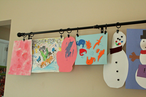 and use the rings to hang their art great idea 500x333