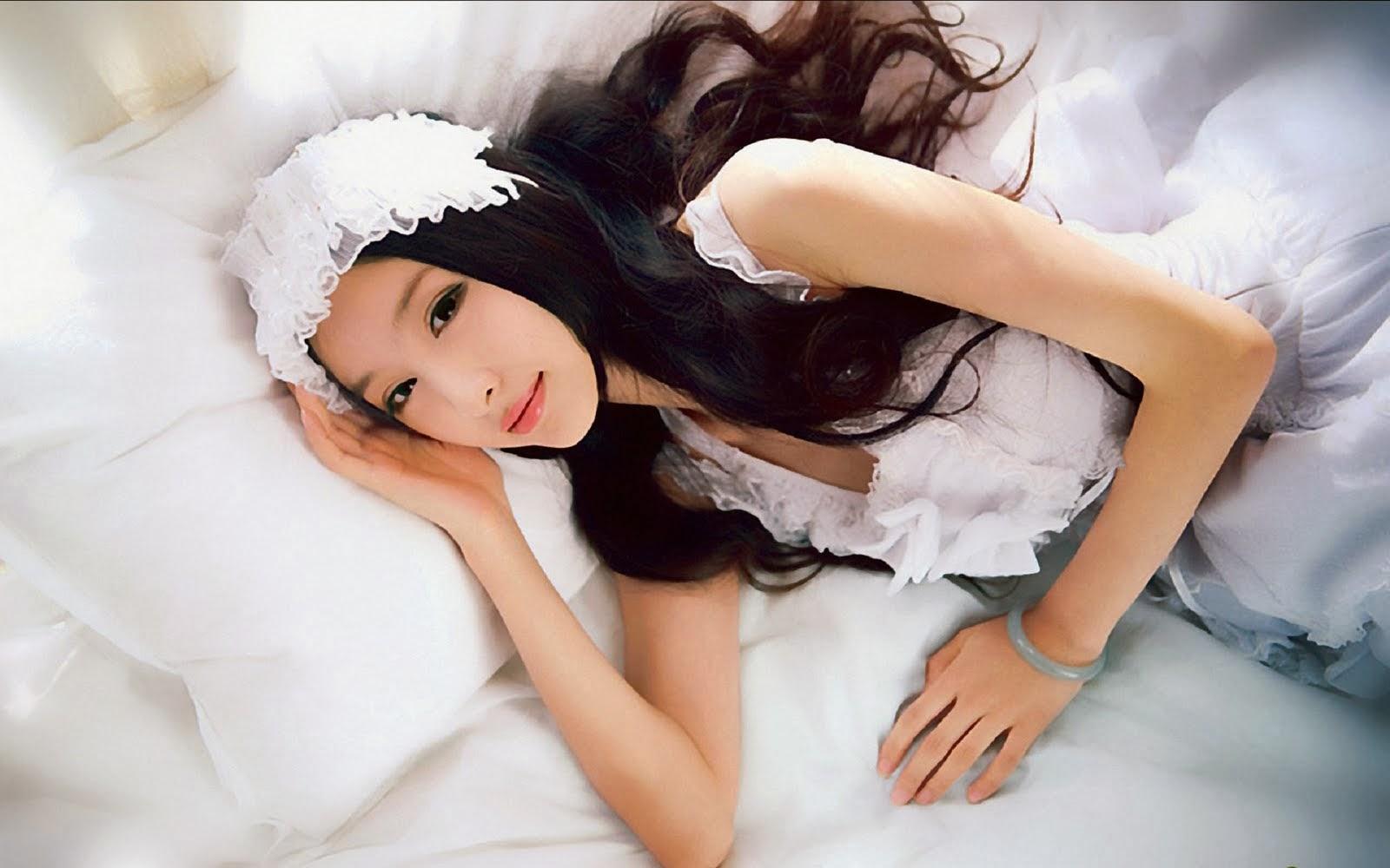 Cute Girls widescreen wallpapers Mobile wallpapers 1600x1000