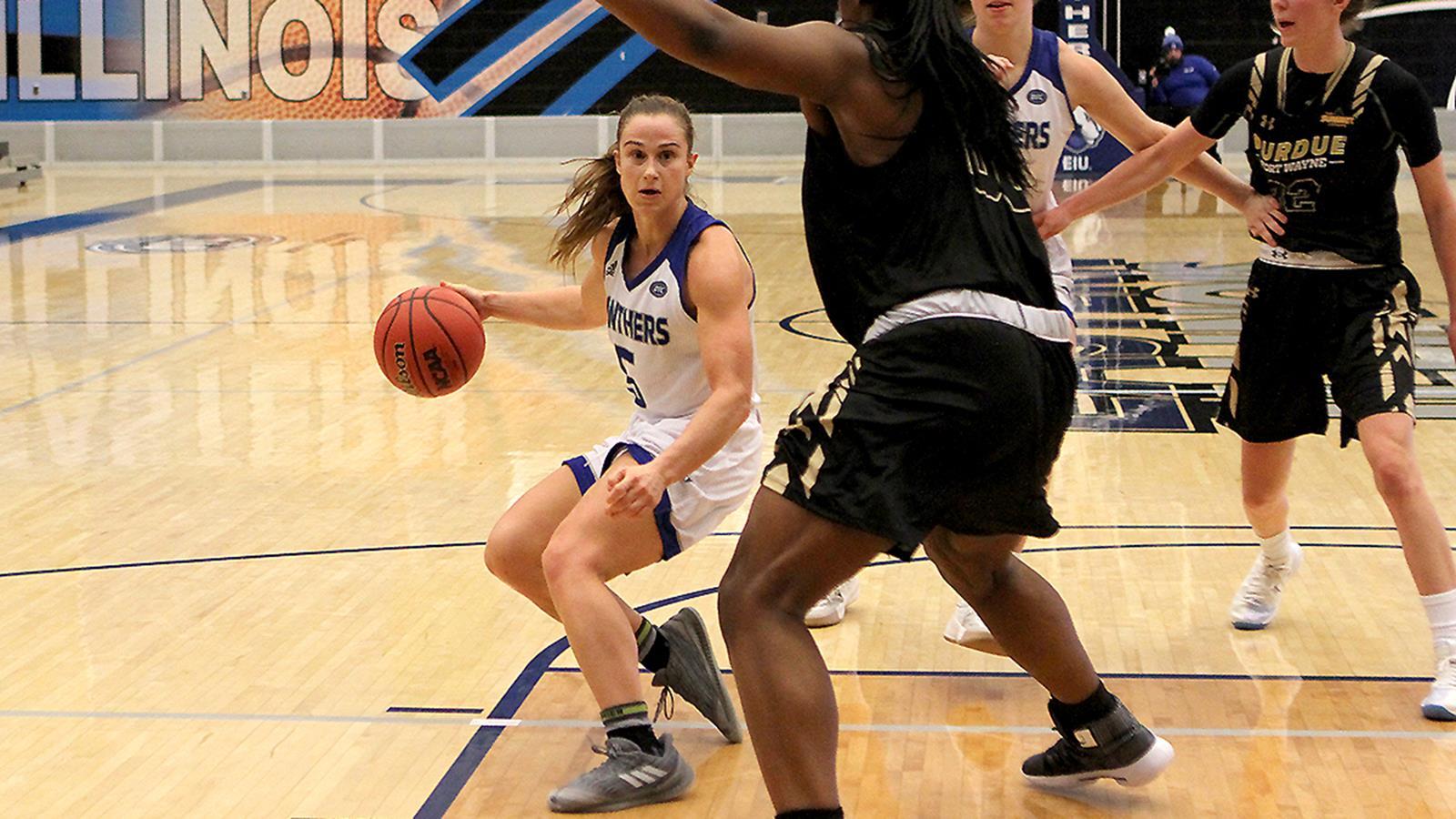 Grace Lennox   Womens Basketball   Eastern Illinois University 1600x900