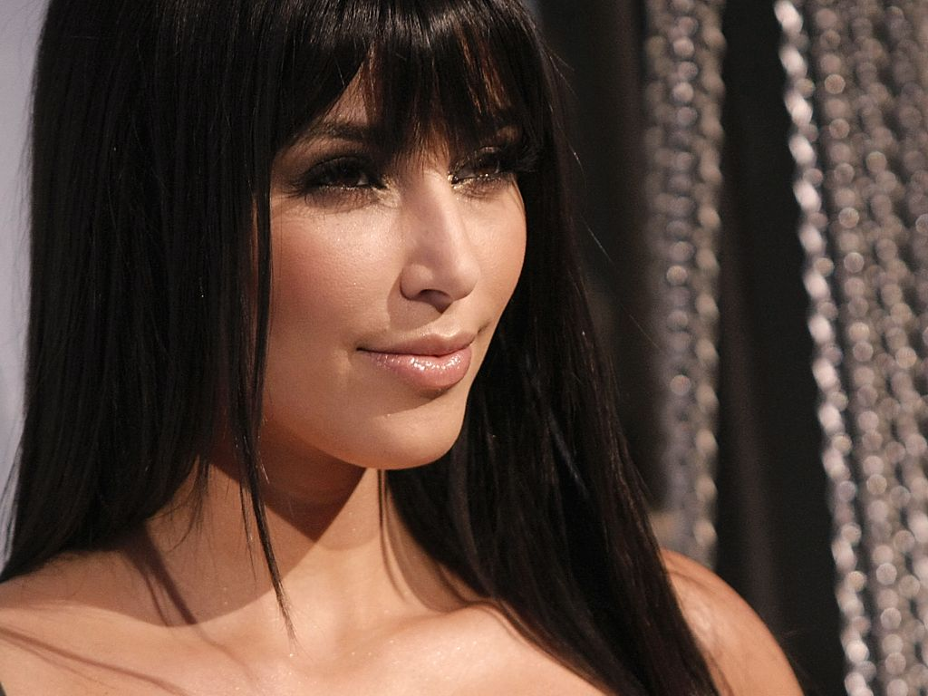 Kim Kardashian Wallpapers Highlight Wallpapers 1024x768