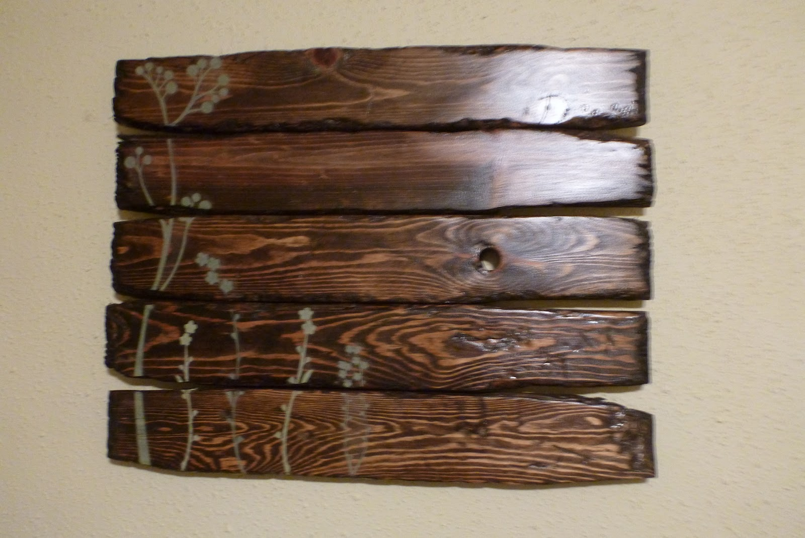 handmade mayhem reclaimed wood wall art evolutia reclaimed wood wall 1600x1069