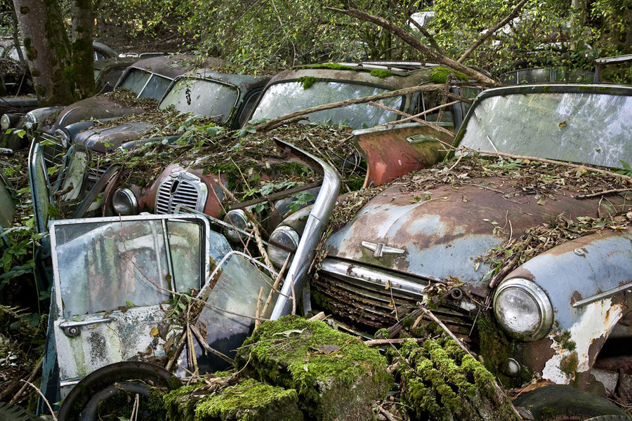 Abandoned Cars by chrisguf on DeviantArt