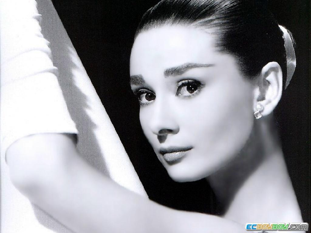Audrey Hepburn Wallpapers 1024x768 1024x768