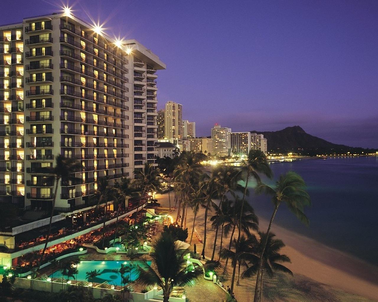 Download Waikiki Wallpaper [1280x1024] 68 Waikiki Beach 1280x1024