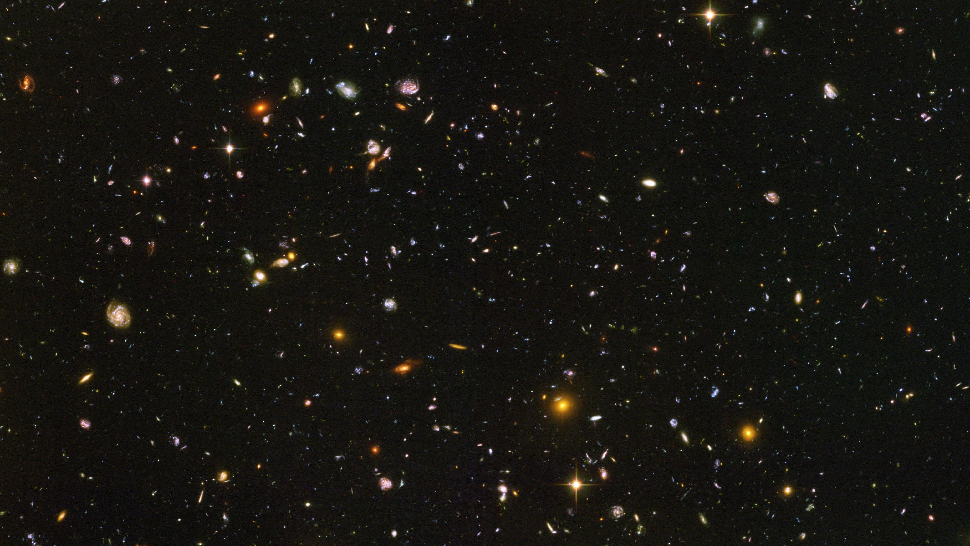 Hubble Ultra Deep Field Wallpaper 3100x1745
