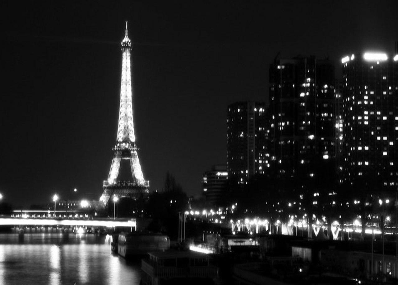 Paris Black And White Wallpaper Wallpapersafari