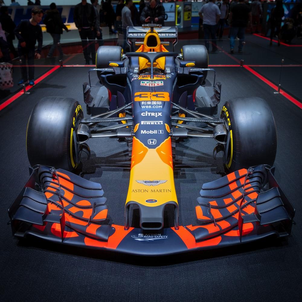 F1 Car Pictures Download Images on Unsplash 1000x1000