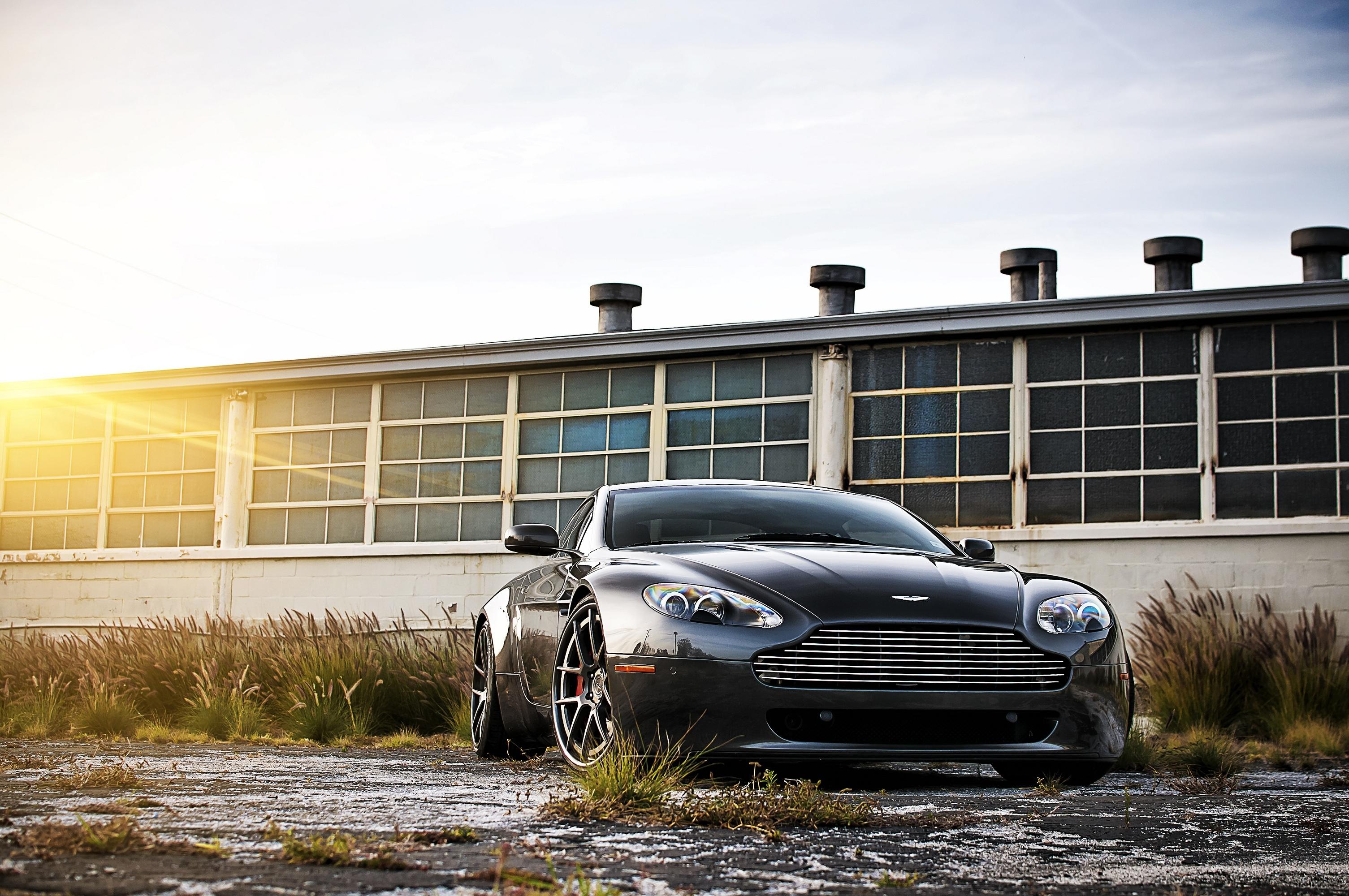 Aston Martin суперкар ночь город  № 2374847 бесплатно