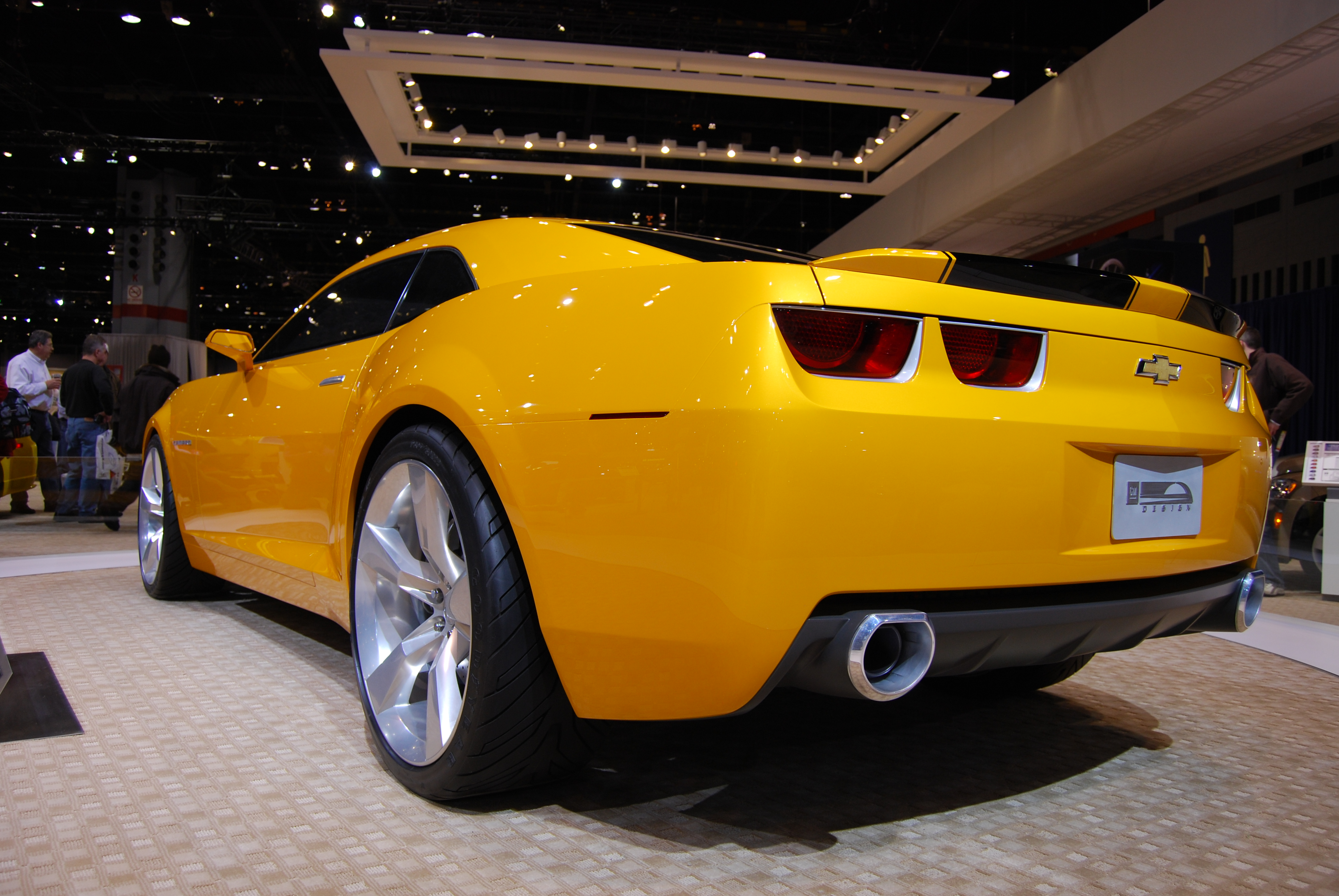 Camaro bublebee rear 5th generation wallpaper for iphone wallpaper