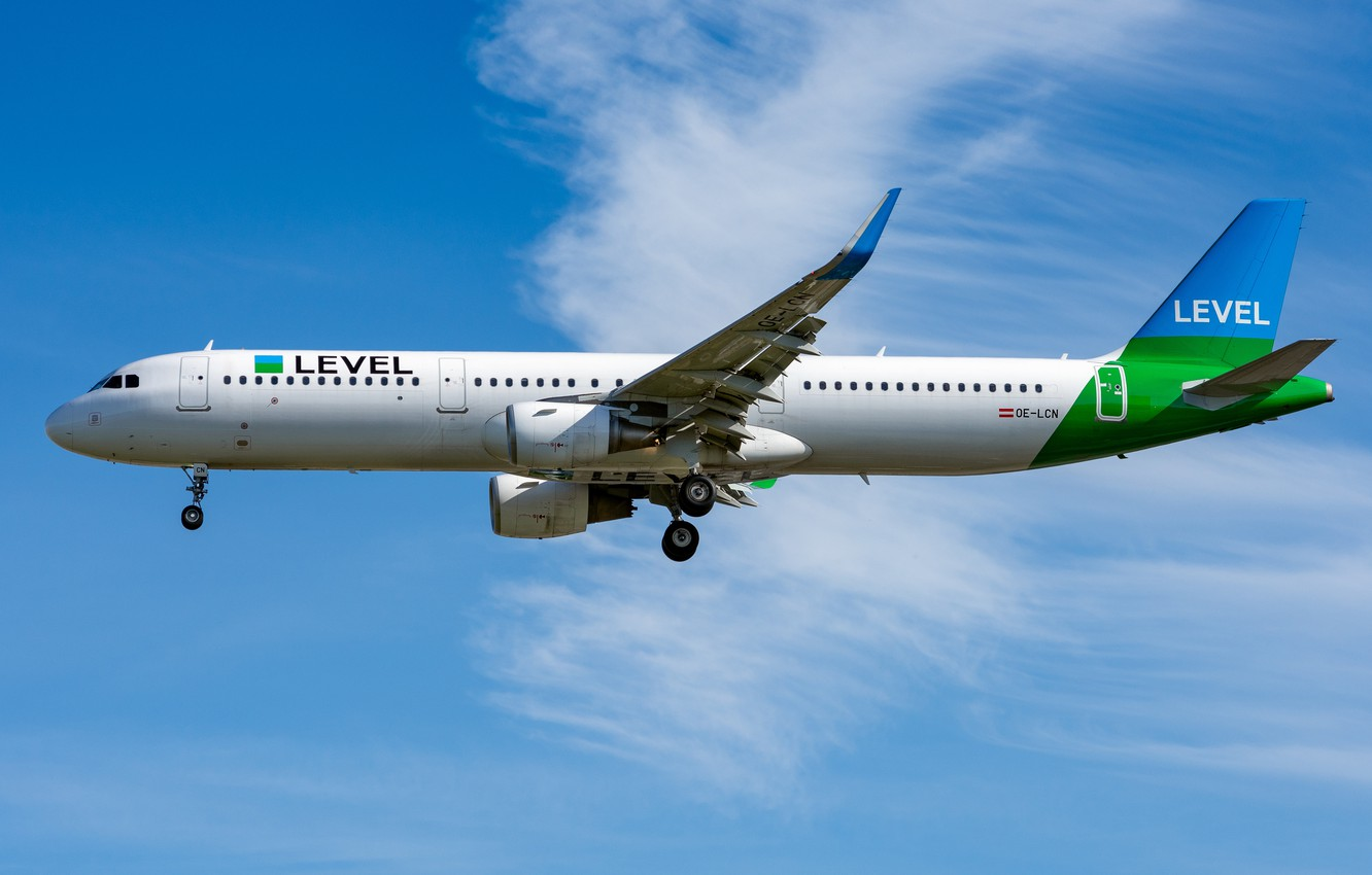 Wallpaper Airbus OE LCN Level A321 200S images for desktop 1332x850