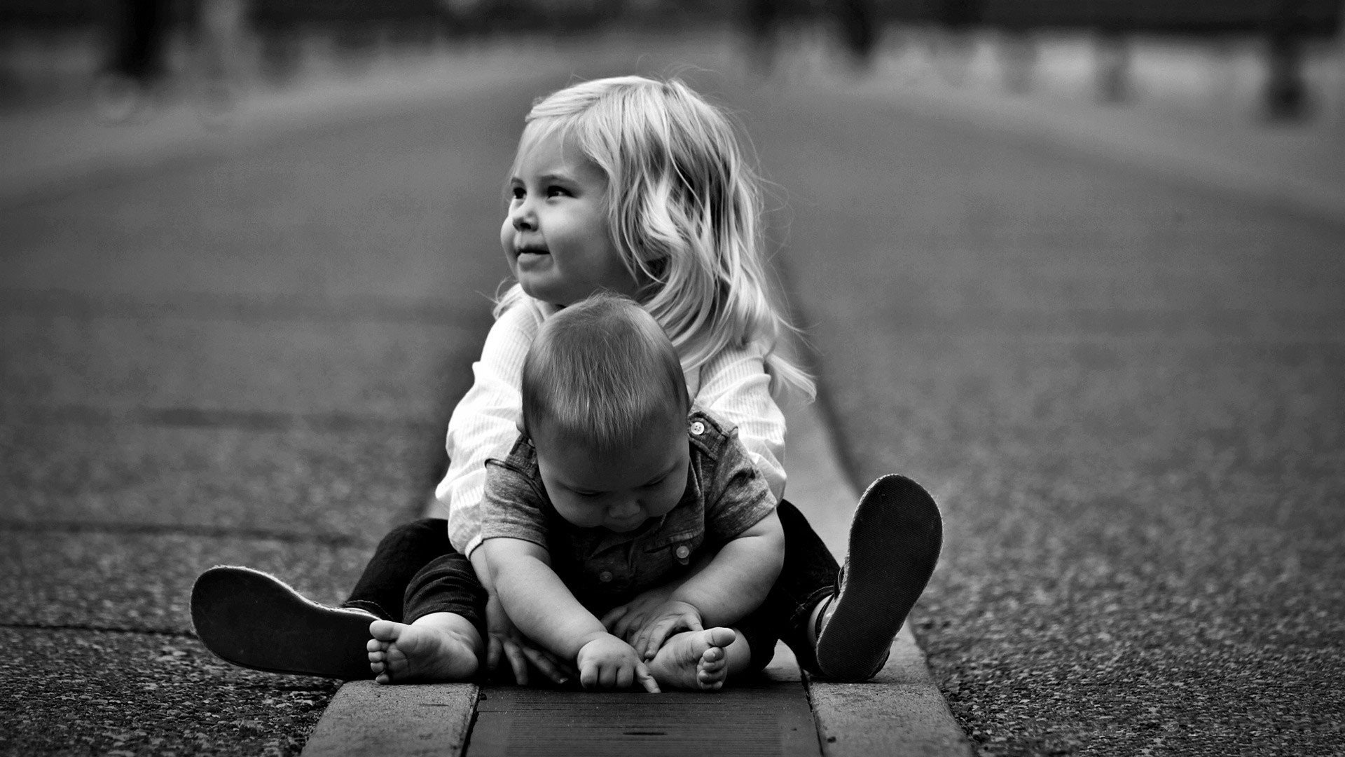 Brother and sister Pictures Children Desktop Background   Picture 1920x1080