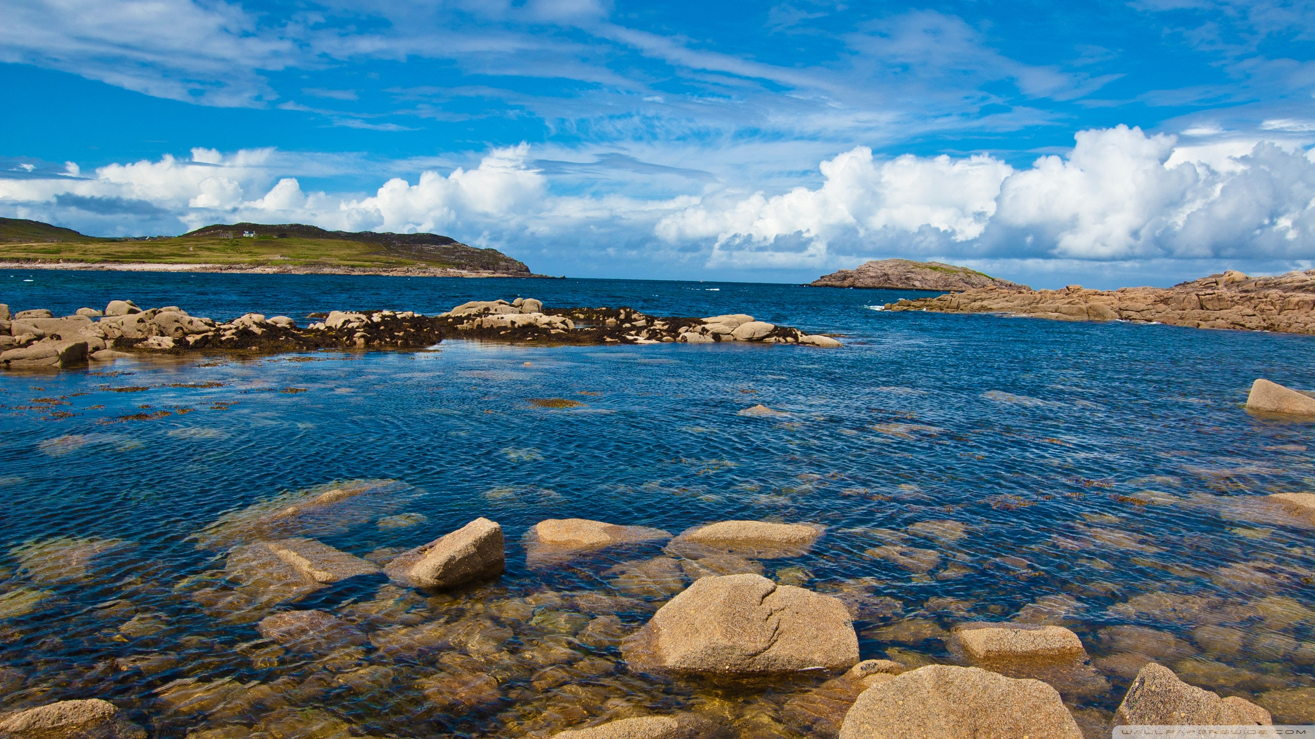 Atlantic Coast Cruit Island Donegal Ireland 4K HD Desktop 2560x1440