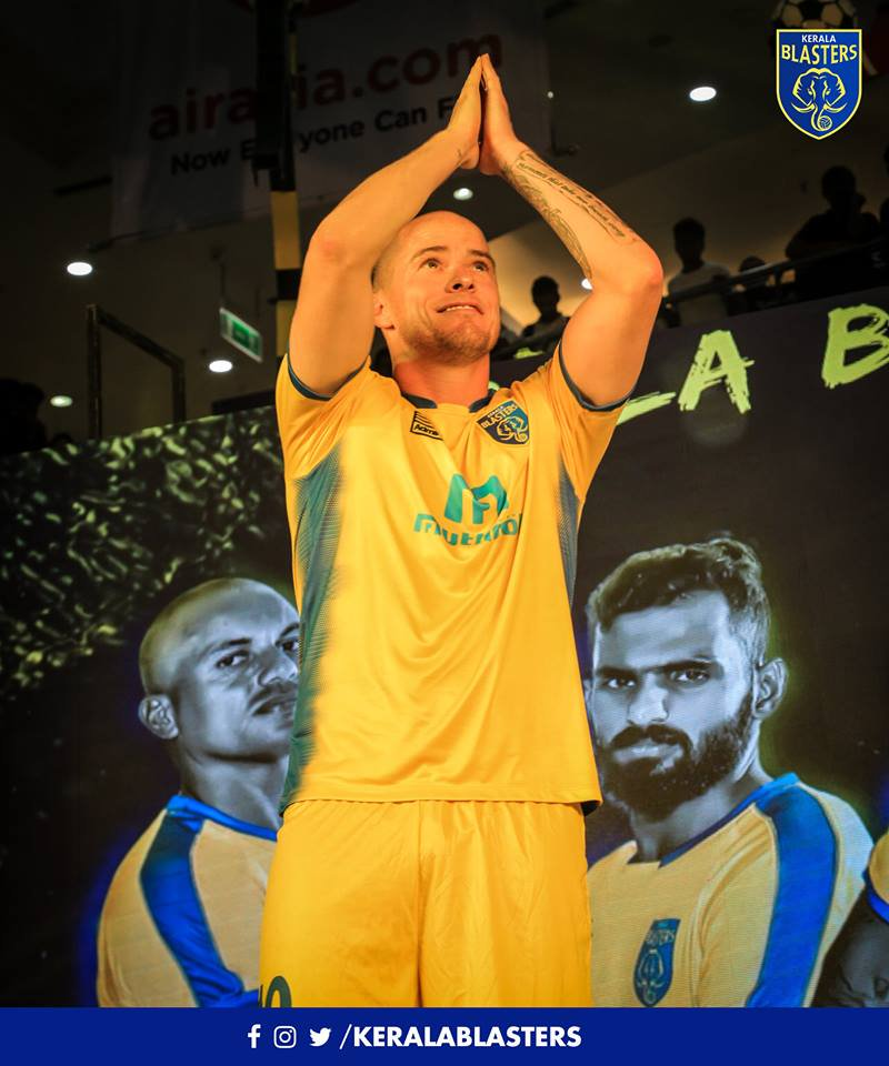 Images From The Kerala Blasters Kit Launch Event Conducted 800x960