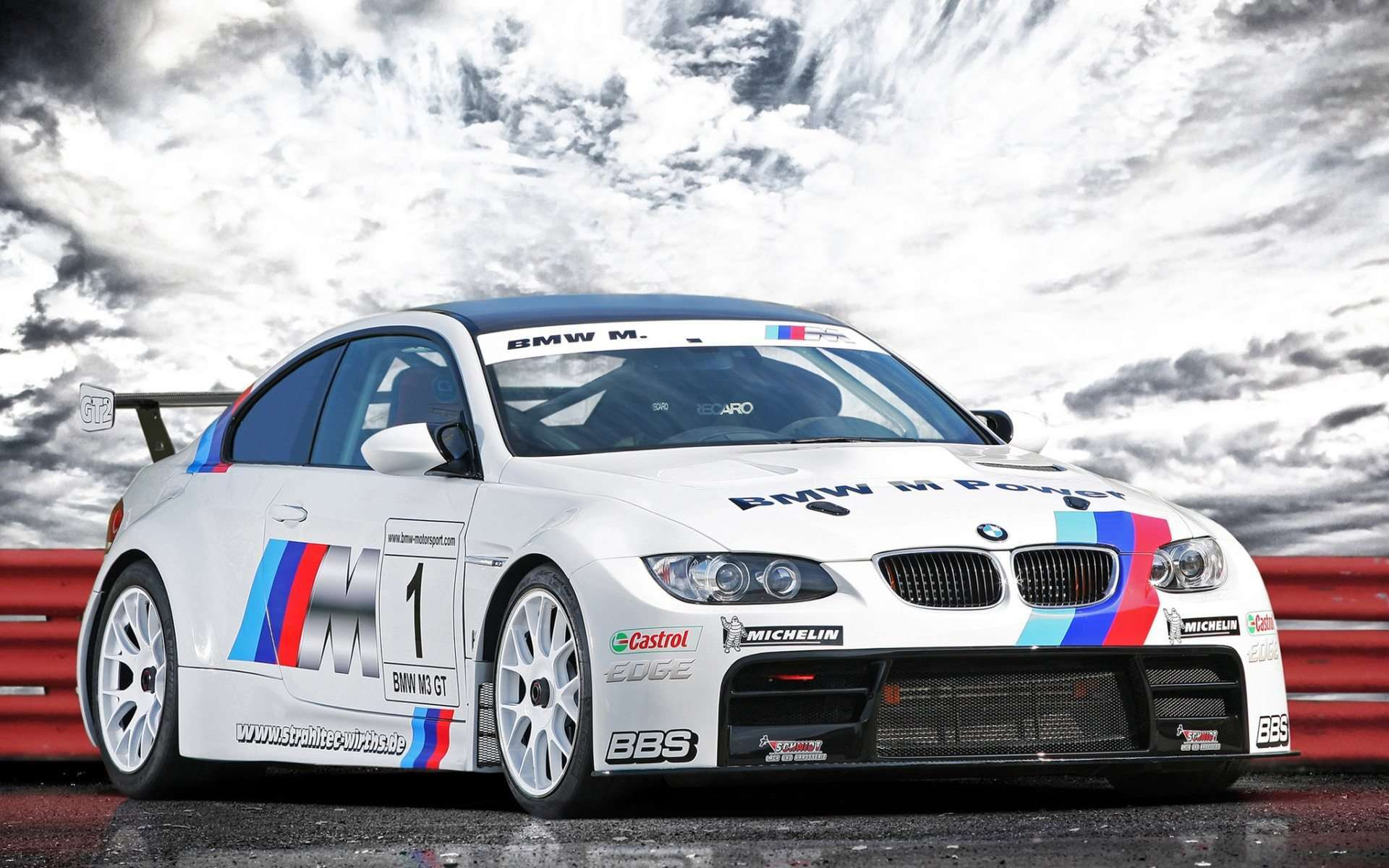 Bmw Racing Cars Wallpapers Wallpapersafari