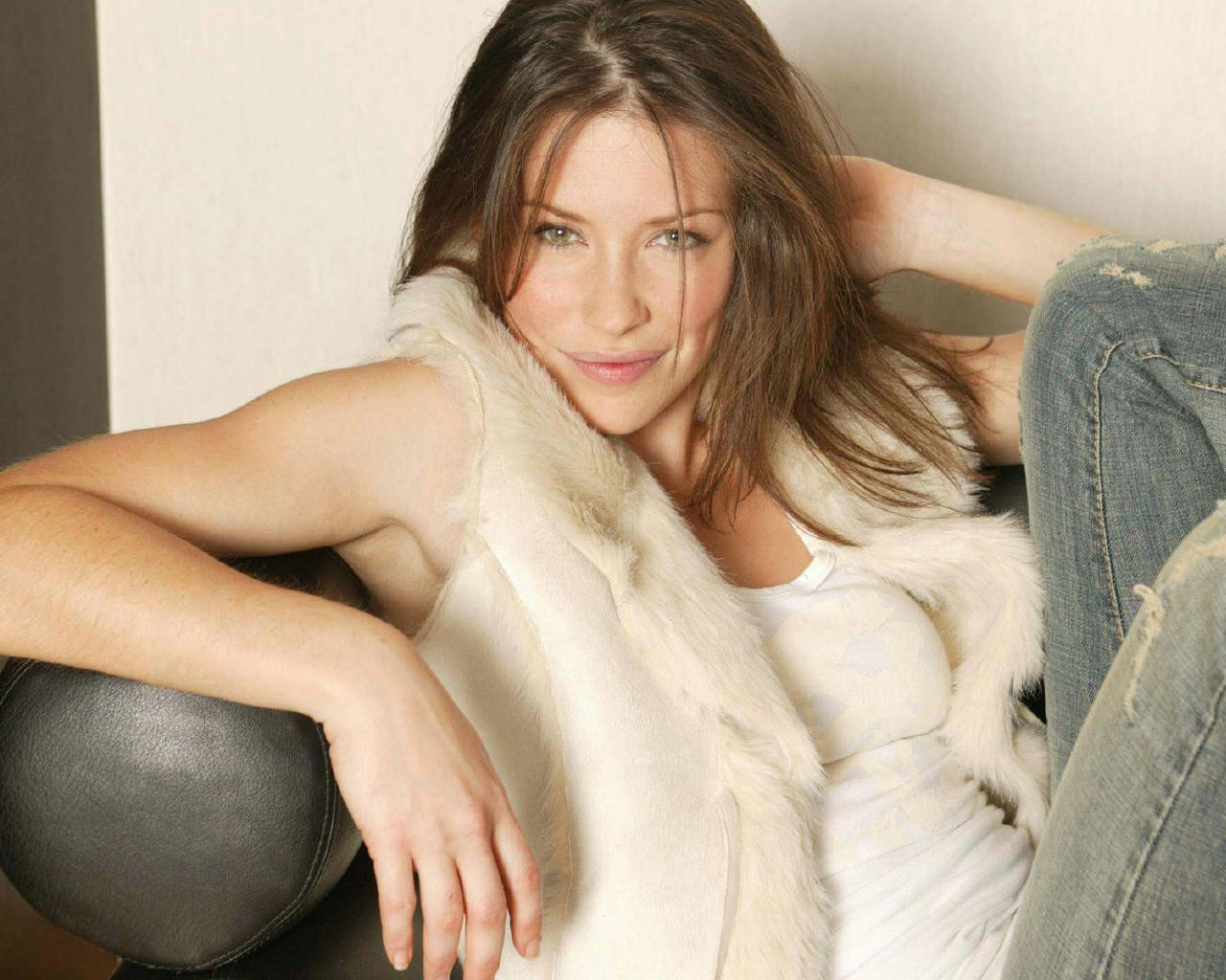 Evangeline Lilly   Evangeline Lilly Wallpaper 78683 1280x1024