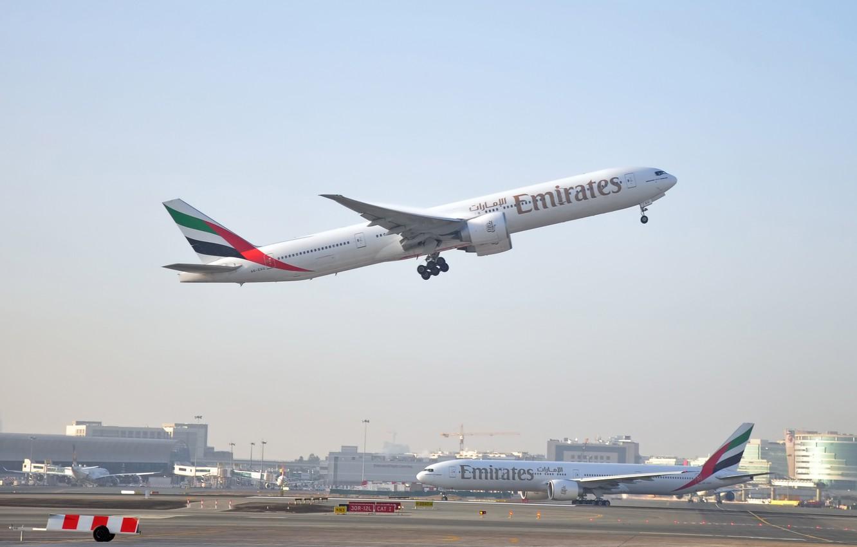 Wallpaper the sky flight the plane height Boeing Dubai the 1332x850