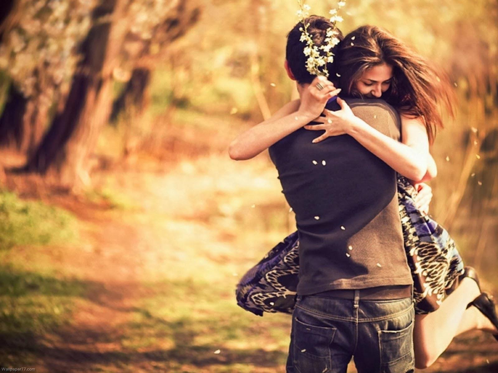 Hug and kiss of romantic couple HD Wallpapers Rocks 1600x1200
